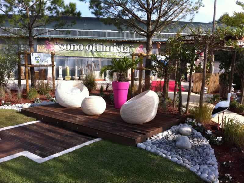 Realizzazione Giardini Moderni : Nuova esposizione giardini nella sede